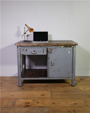 Grey Workbench nos 3