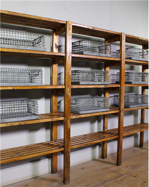 slatted shelving